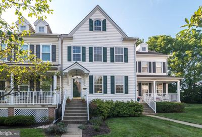 24 Woodbridge Drive Doylestown PA 18901