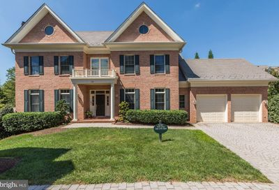 28 Sandalfoot Court Potomac MD 20854