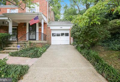 3706 25th Street N Arlington VA 22207