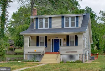4518 Wakefield Baltimore MD 21216