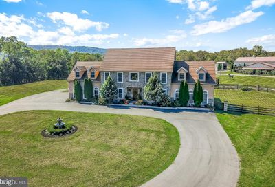 481 Red Corner Road Douglassville PA 19518