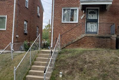 712 Hilltop Terrace SE Washington DC 20019