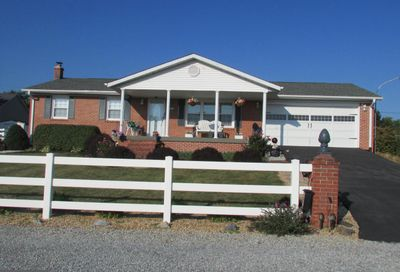 121 Clarence Street Charles Town WV 25414