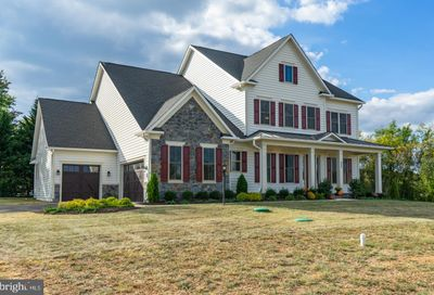 252 Barberry Lane Laytonsville MD 20882