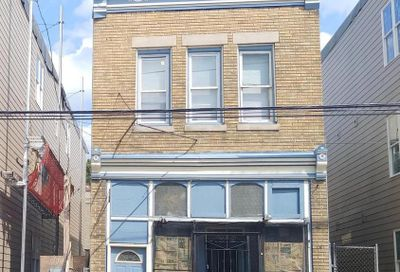 131 S 46th Street Philadelphia PA 19139