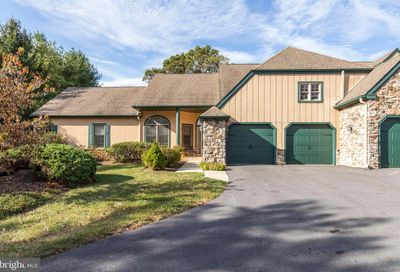 1251 Oakmont Lane West Chester PA 19380