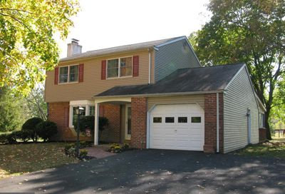 76 Valley View Drive Fountainville PA 18923