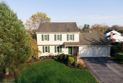 56 Charles Place Brownstown PA 17508