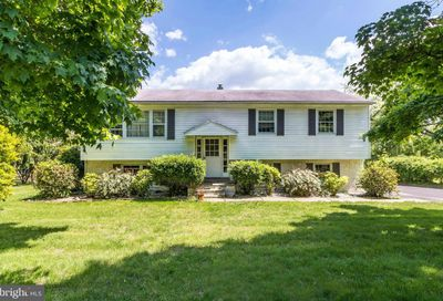 6124 Honey Hollow Road Doylestown PA 18902