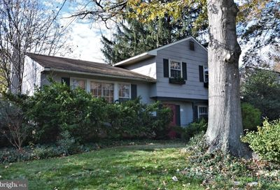 24 Kirby Drive Morrisville PA 19067
