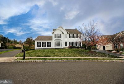 904 Longwood Court Chalfont PA 18914
