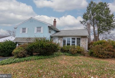 319 Columbia Place Broomall PA 19008