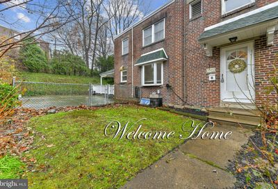 6484 Lawnton Street Philadelphia PA 19128