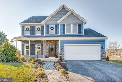 397 Crosswinds Dr Charles Town WV 25414