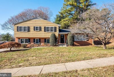 16 Rolling Greens Court Lutherville Timonium MD 21093