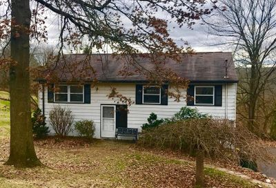 54 Laurie Hill Road Ottsville PA 18942