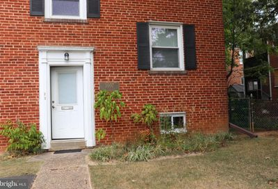 3007 9th Street N Apt B Arlington VA 22201