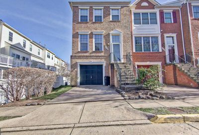 12023 Edgemere Circle Reston VA 20190