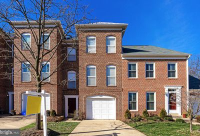 12081 Edgemere Circle Reston VA 20190