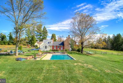 6338 Carversville Road Pipersville PA 18947