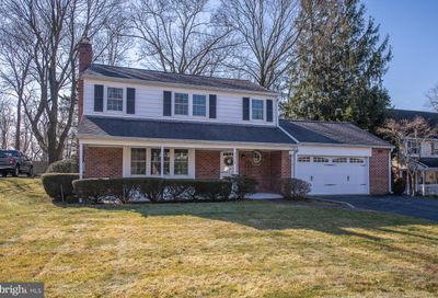 319 Dundee Place Devon PA 19333
