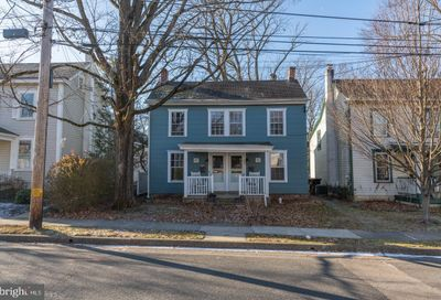 90 Cottage Street Doylestown PA 18901