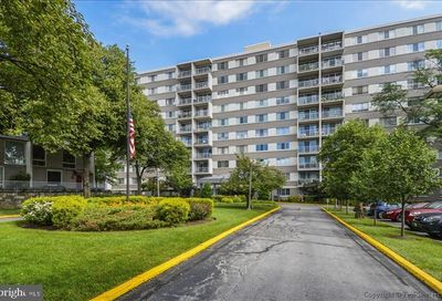 4977 Battery Lane 1-610 Bethesda MD 20814