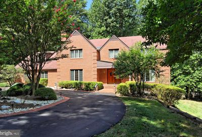 10716 Sandy Run Trail Fairfax Station VA 22039