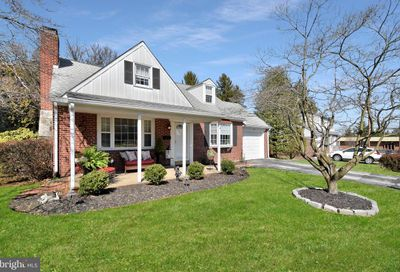 302 Candlewood Road Broomall PA 19008