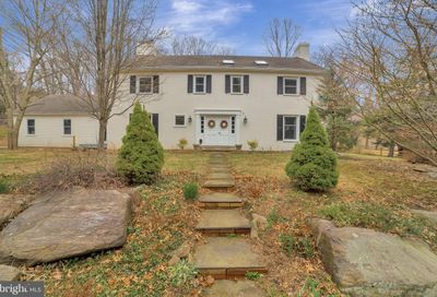 737 Hillview Road Malvern PA 19355