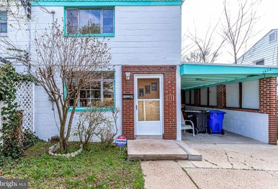 5622 8th Street S Arlington VA 22204