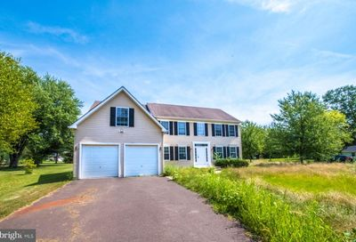 951 Route 113 Sellersville PA 18960