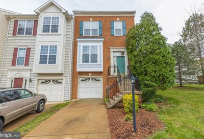 44001 Kings Arms Square Ashburn VA 20147