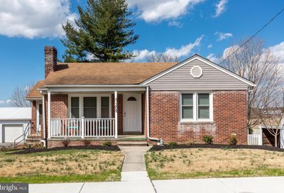 308 College Avenue New Windsor MD 21776