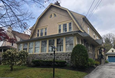 423 Grove Place Narberth PA 19072