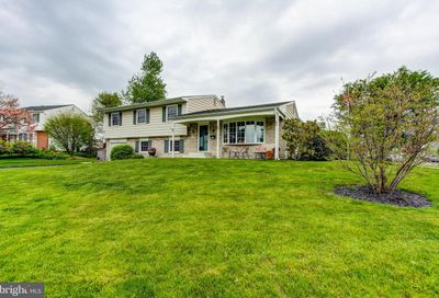 141 Winding Way Yardley PA 19067