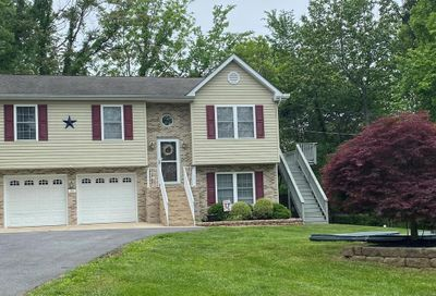39 Mulberry Road Front Royal VA 22630
