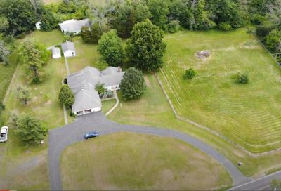 2255 S County Line Road Telford PA 18969