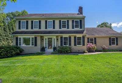 10 Newtown Woods Road Newtown Square PA 19073