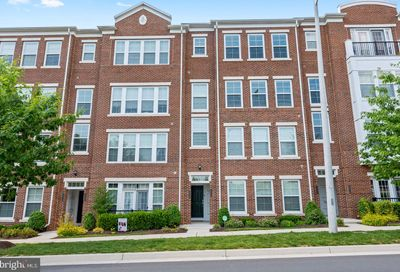 3036 Rittenhouse Circle 44 Fairfax VA 22031