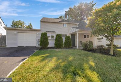 40 Granite Road Levittown PA 19057