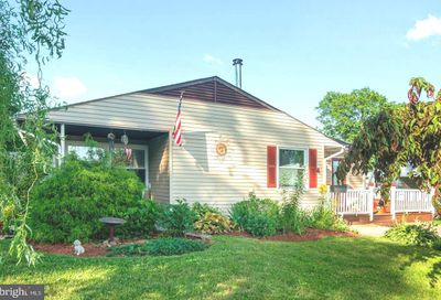 44 Twin Leaf Lane Levittown PA 19054