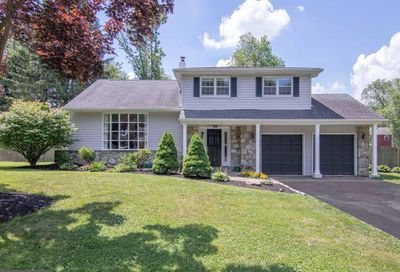 567 Gordon Drive Yardley PA 19067
