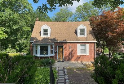 24 Surrey Drive Newtown Square PA 19073