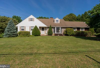 26 Valley View Drive Feasterville Trevose PA 19053