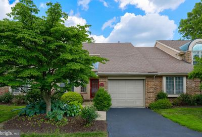 211 Willow Valley Drive Lancaster PA 17602