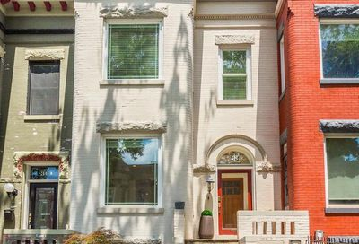 38 Quincy Place NE Washington DC 20002