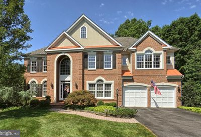 18 Hackett Court Poolesville MD 20837
