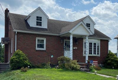 206 W Maple Avenue Myerstown PA 17067