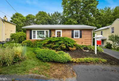 55 Clay Street Harpers Ferry WV 25425
